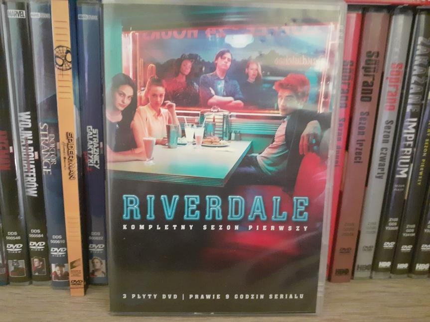 """""""Riverdale"""" sezon 1. – Witajcie w młodzieżowym TwinPeaks"""